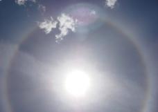 太阳光晕图片