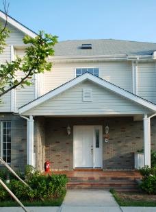 西式风格别墅宽敞大方的门庭图片