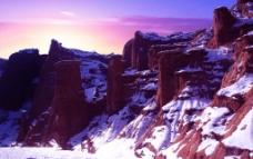 新疆温宿神秘大峡谷图片