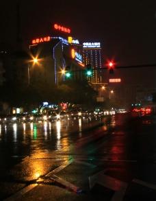 南昌雨后之夜图片
