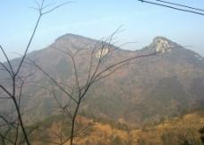 秋天的山图片