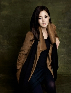 韩国明星金泰希图片
